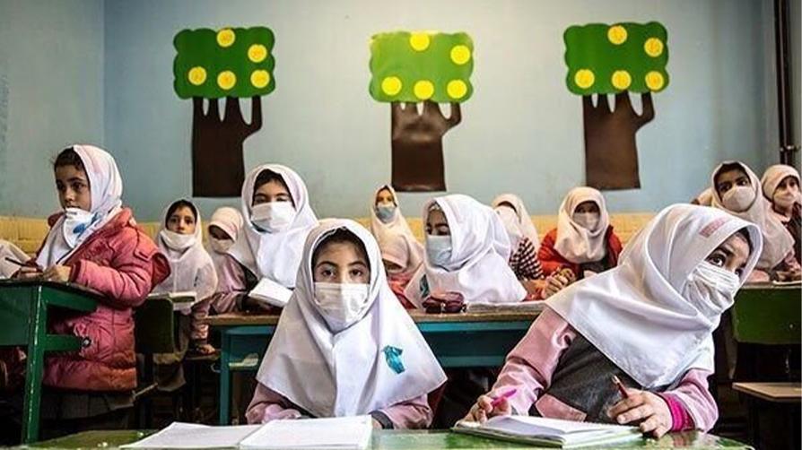 محققان استفاده از ماسک برای کودکان را خطرناک میدانند